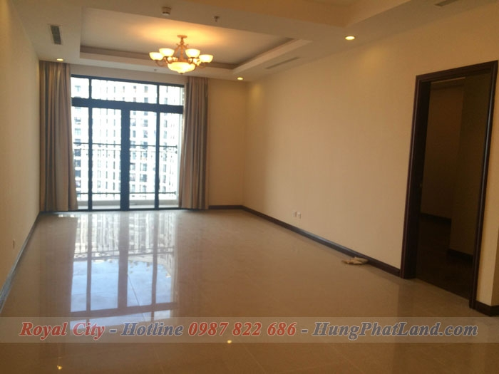 Thuê Chung cư Royal City tòa R1 - 145m2, 3 phòng ngủ, KHÔNG ĐỒ