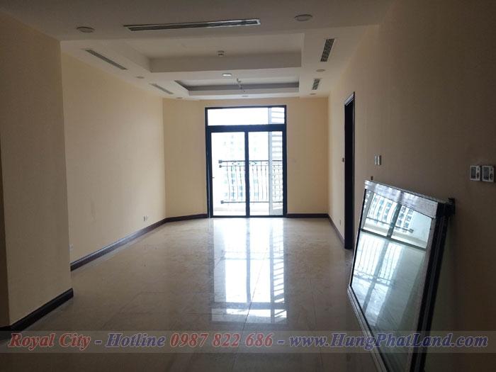 Cho thuê Căn hộ chung cư Royal City R4 105m2