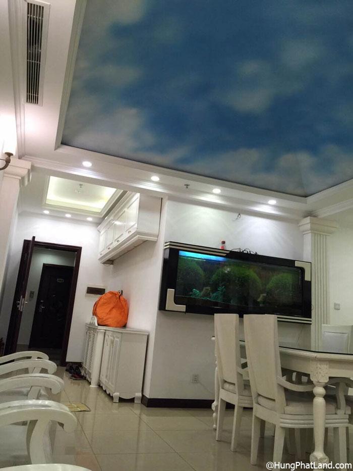 Tủ cá treo tường căn hộ Royal City R1 111m2 đủ đồ