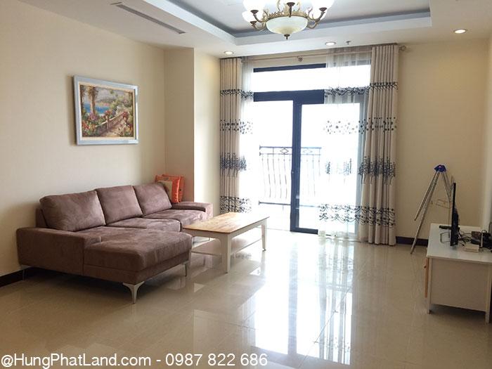 Sofa phòng khách căn hộ Royal City R5 112m2
