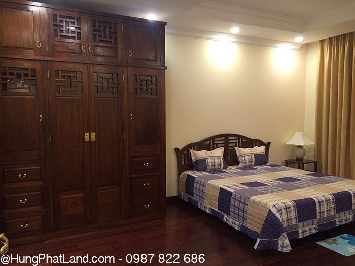Phòng ngủ lớn - Royal City R2 114m2