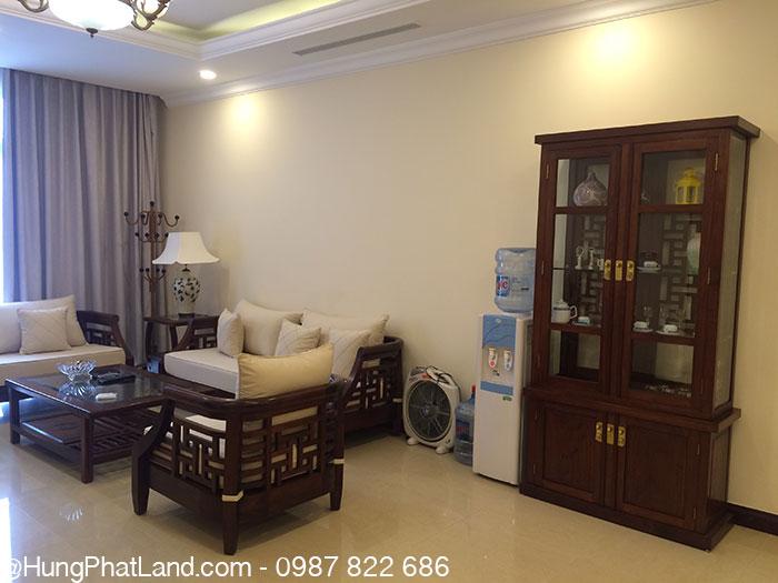 Sofa phòng khách căn hộ chung cư Royal City