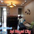 phòng khách căn hộ Royal City R2 bán