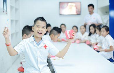 Bệnh viện VinKE: Trở thành những người bác sĩ ân cần chăm sóc bệnh nhân trong vai bác sĩ đa khoa, nha khoa và nhi khoa.