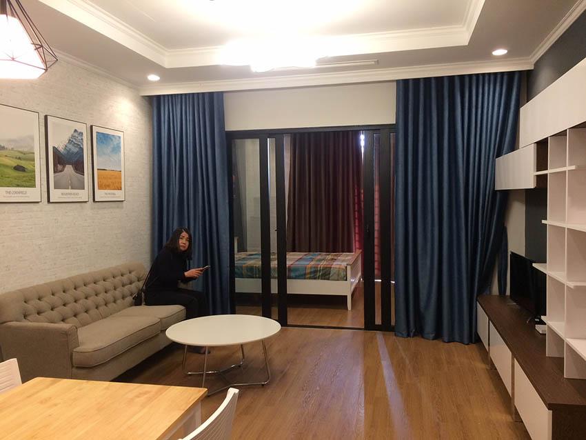 Ảnh Phòng khách - Căn hộ Royal City R6, 1 ngủ, 55m2 đủ đồ
