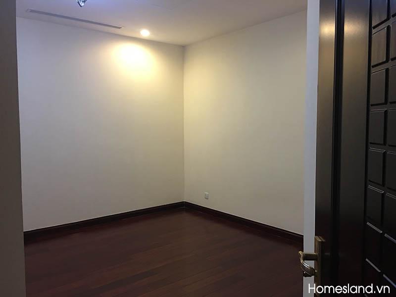 Phòng ngủ 3 - căn hộ Royal City 145m2