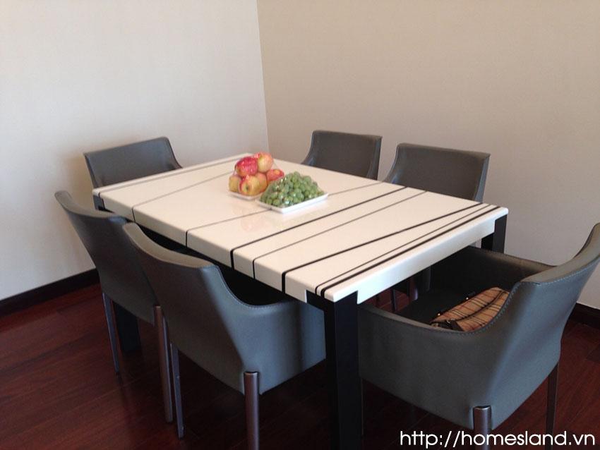 Bộ bàn ghế ăn - Royal City R1 đủ đồ 90m2