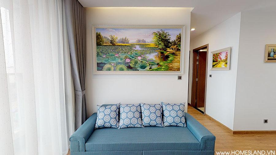 Sofa phòng khách căn hộ Metropolis đủ đồ cho thuê.