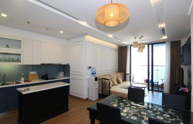 Không gian phòng khách căn hộ 2 ngủ - toà M2 Vinhomes Metropolis