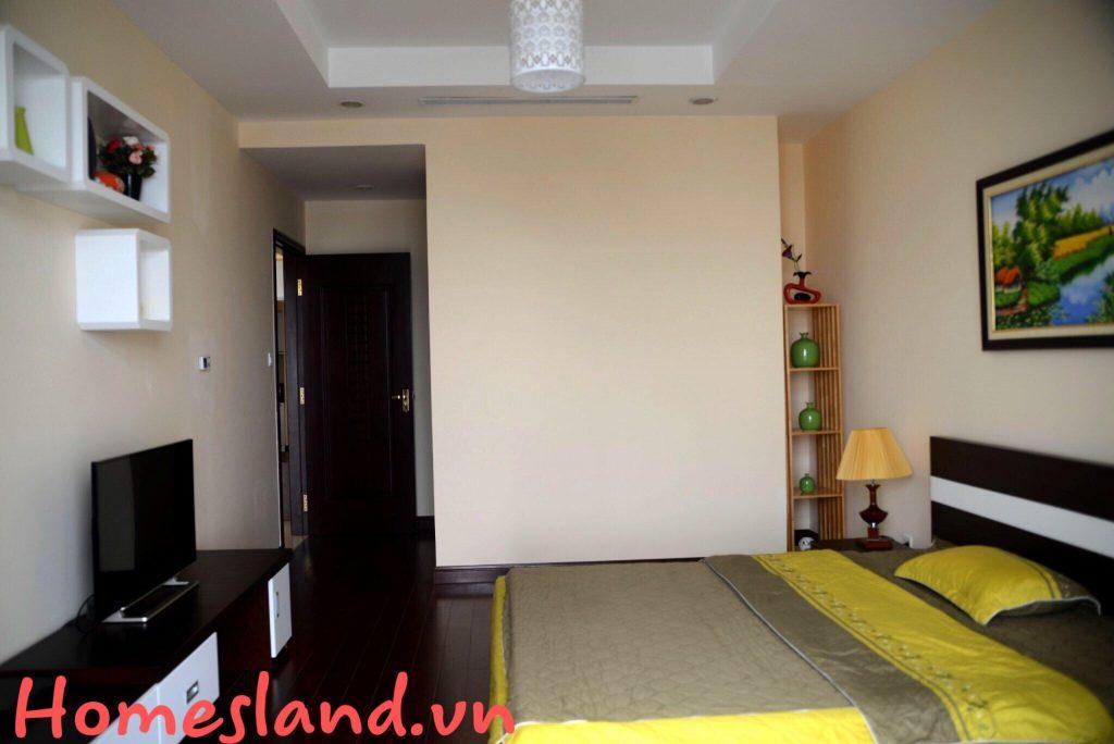 Phòng ngủ 2 căn hộ R4 Royal City