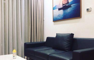 Không gian phòng khách và sofa căn hộ R6 2PN Royal City