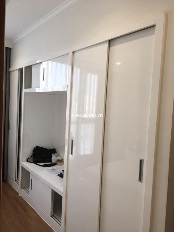 Tủ quần áo phòng ngủ - căn hộ 70m2 Royal City