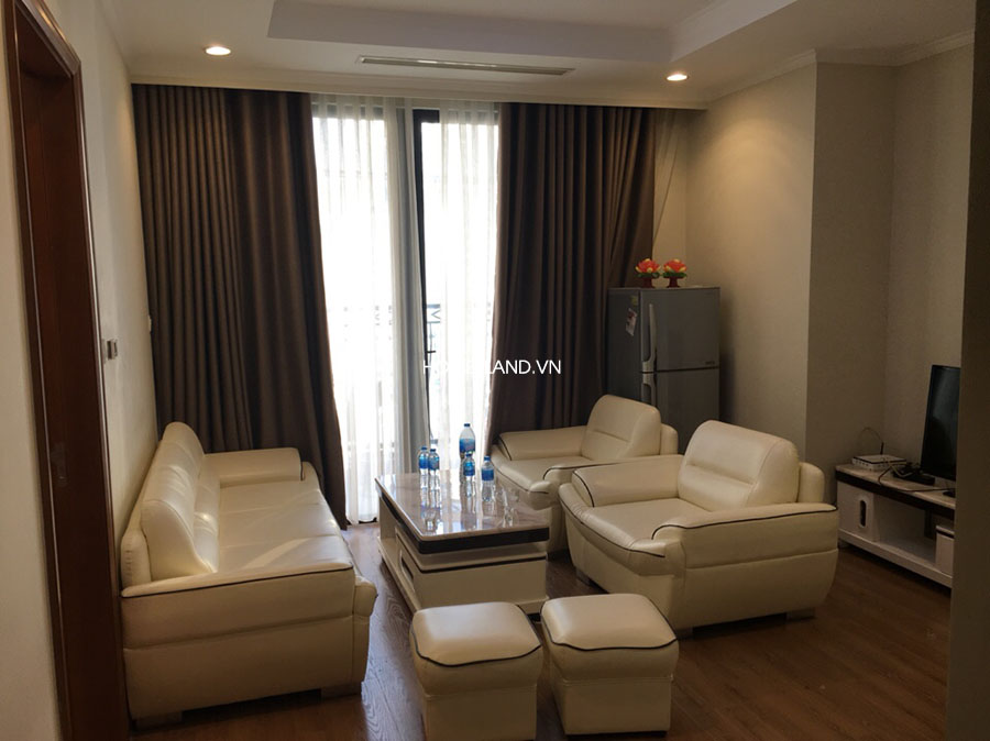 Không gian phòng khách căn hộ 70m2 R6 Royal City
