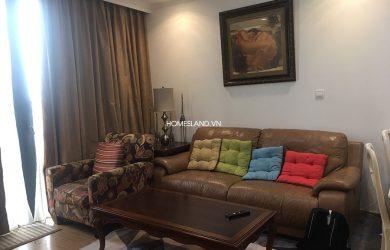 Bộ bàn ghế Sofa của căn hộ 3 ngủ Royal City toà R6 cho thuê.