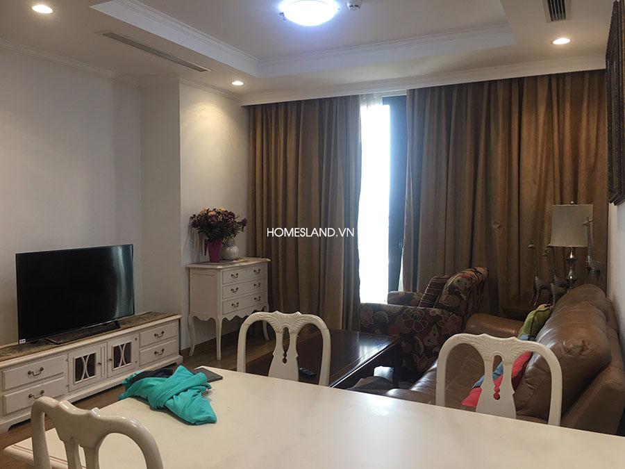 Góc khác của phòng khách - căn hộ 3 ngủ R6 Royal City
