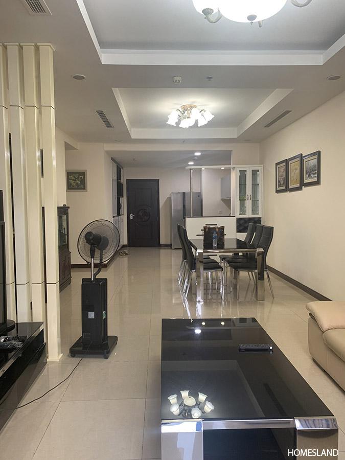 Không gian phòng khách căn hộ 2 Ngủ R1