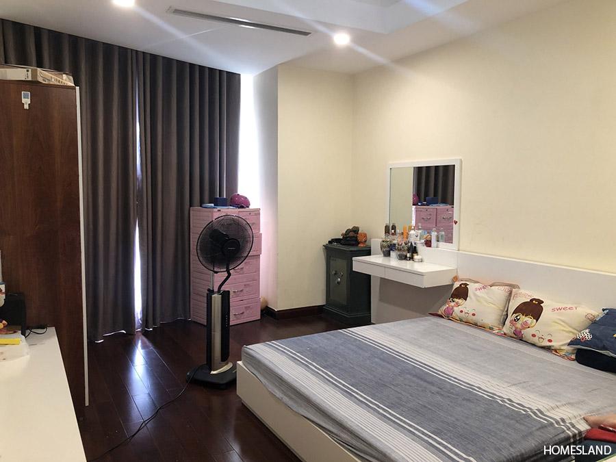 Phòng ngủ lớn của căn hộ 3 ngủ