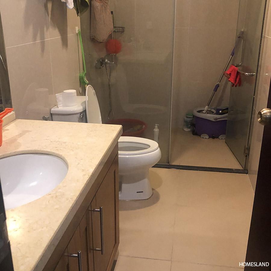 Bồn tắm đứng căn hộ 3 ngủ 103m2