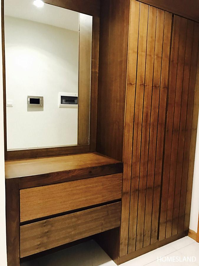 Tủ để giày & đồ dùng - căn hộ 1 ngủ toà R6