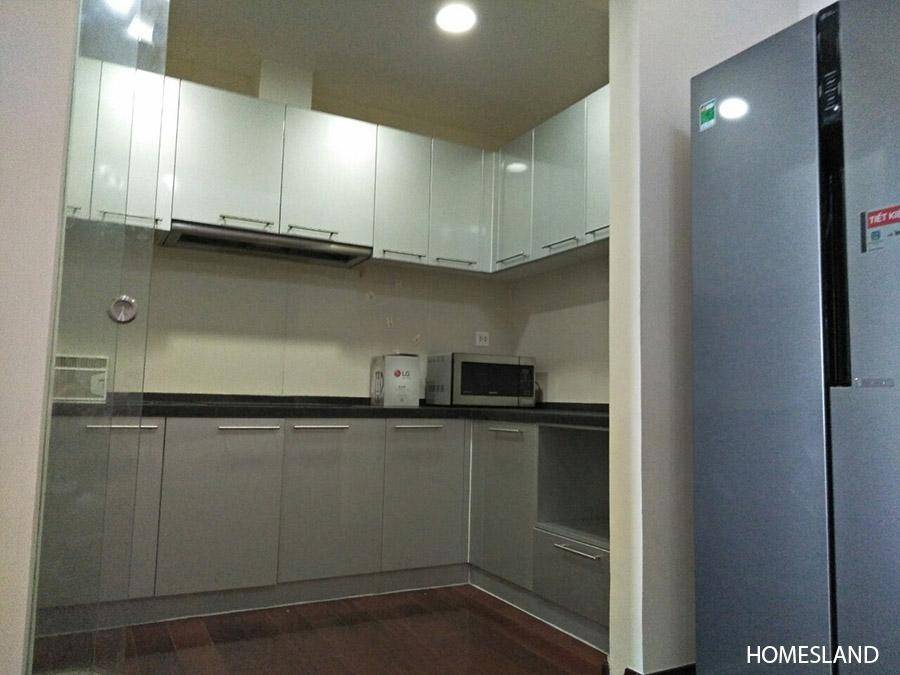 Phòng bếp - căn hộ 2 ngủ sáng toà R1