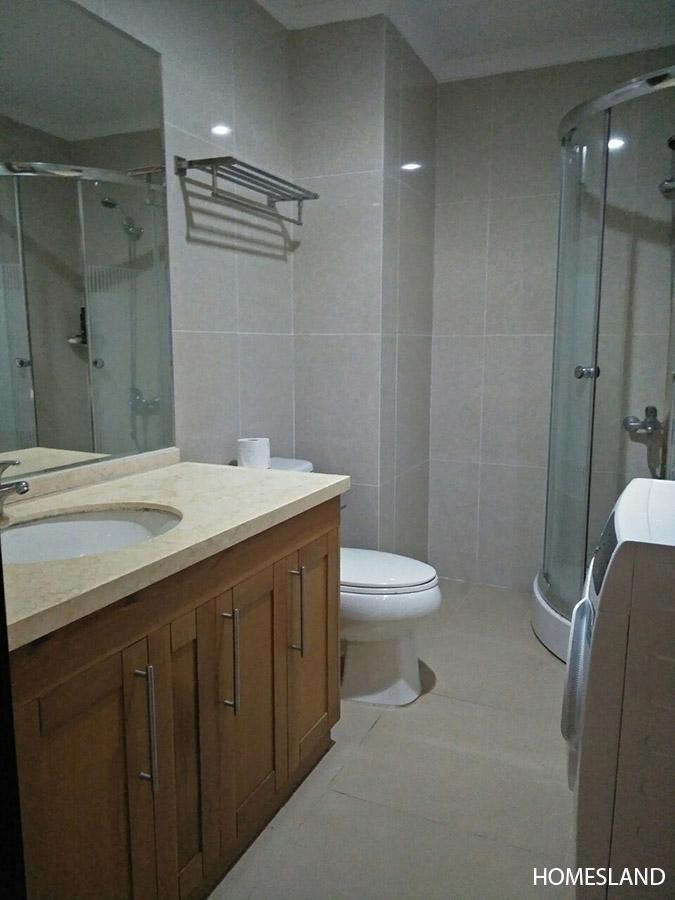Phòng tắm & vệ sinh - căn hộ 2 ngủ toà R1