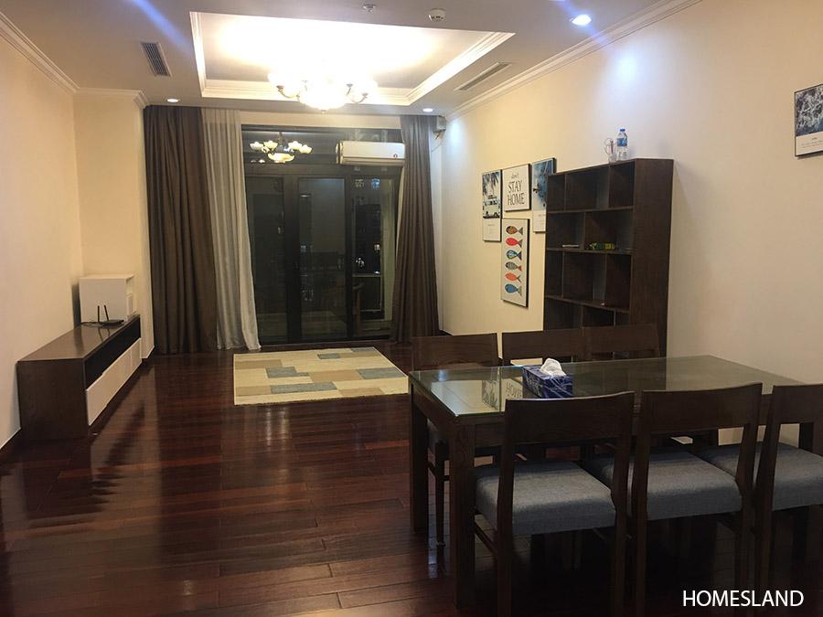 Không gian phòng khách - căn hộ 2 ngủ toà R1