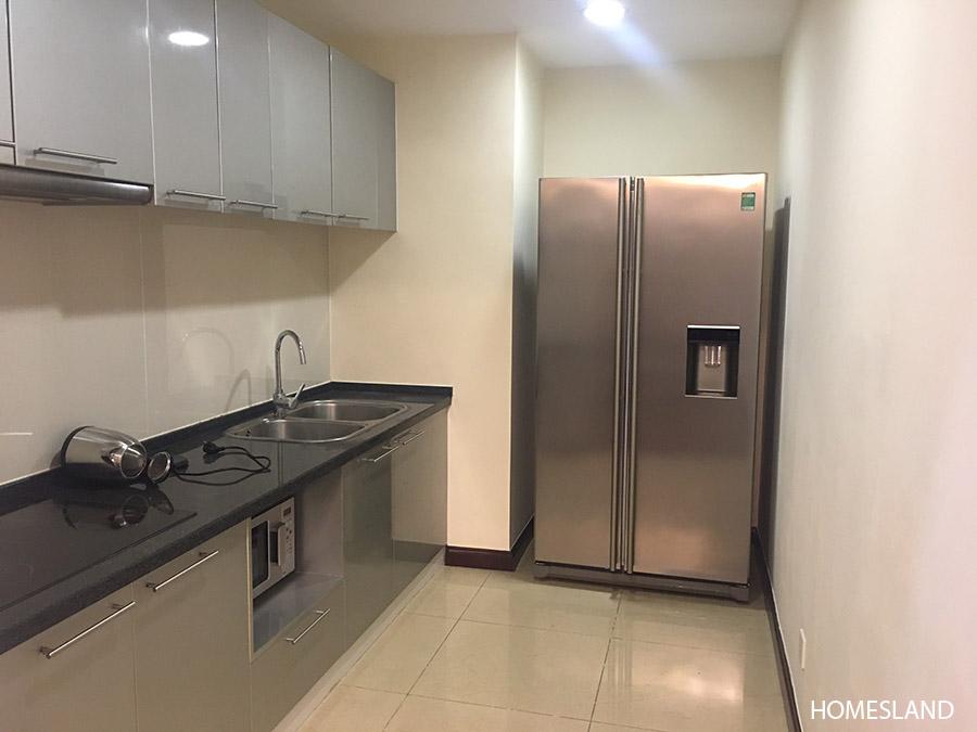 Không gian phòng bếp - căn hộ 2 ngủ toà R1